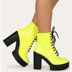 💛💛Chunky Block Heel